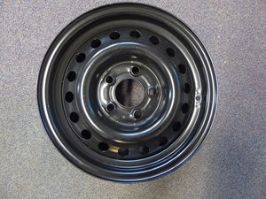 WR4 ... 14' 5 stud wheel for UK Caravans NEW