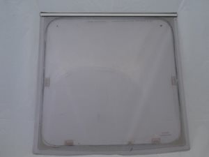 WMFS865 ... Window (SWIFT) (SECOND GRADE/USABLE) 1993 Middle Front 865mm x 860mm