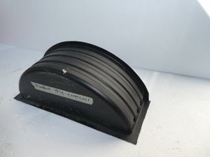 SHAB31 ... SECOND HAND Wheel Arch Liner Box 785mm x 295mm x 280mm